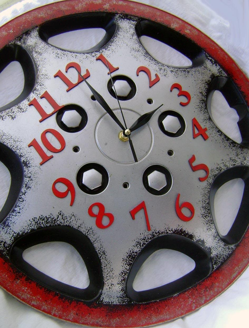 Изделия из колесных дисков своими руками фото